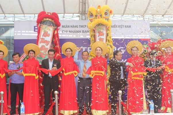 Khai trương Phòng giao dịch BIDV Cư Kuin