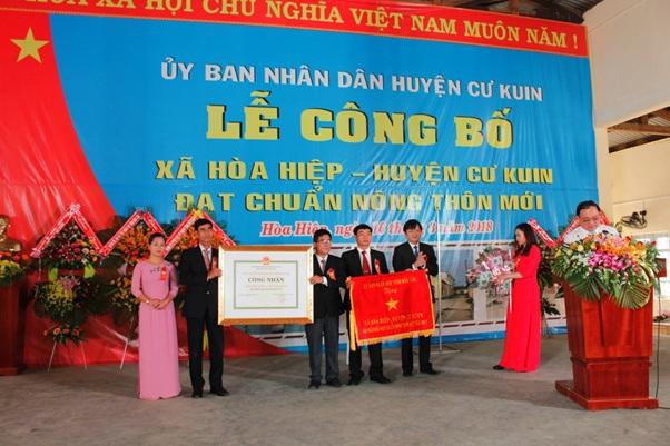 Xã Hòa Hiệp đón nhận danh hiệu xã đạt chuẩn nông thôn mới