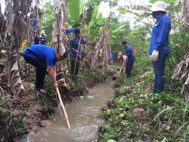 Huyện M'Drắk: Sôi nổi các hoạt động Tháng Thanh niên năm 2018