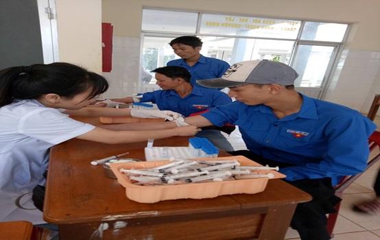 Huyện Cư Kuin tổ chức hiến máu nhân đạo đợt I năm 2018