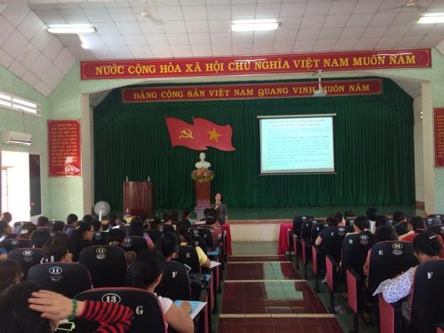 Hội LHPN thành phố Buôn Ma Thuột tổ chức Hội nghị phổ biến, giáo dục pháp luật và tập huấn nghiệp vụ công tác Hội  năm 2018