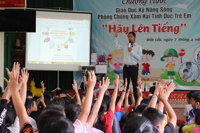 """Chương trình giáo dục kỹ năng sống phòng chống xâm hại tình dục trẻ em """"Hãy lên tiếng"""""""