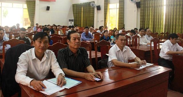 Hội nghị báo cáo viên, tuyên truyền viên Đảng ủy khối định kỳ