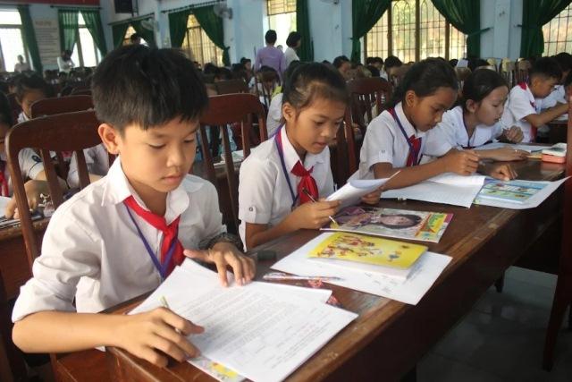 """Khai mạc Giao lưu """"Tiếng Việt của chúng em"""" năm học 2017-2018"""