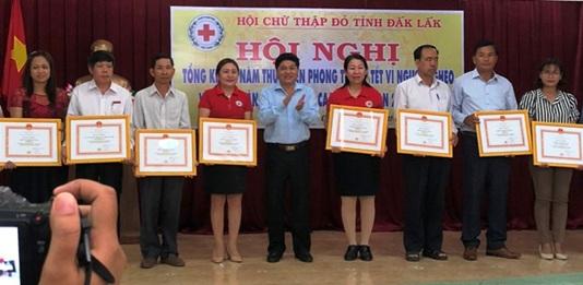 Agribank Đắk Lắk nhận Bằng khen của Trung ương Hội Chữ thập đỏ Việt Nam