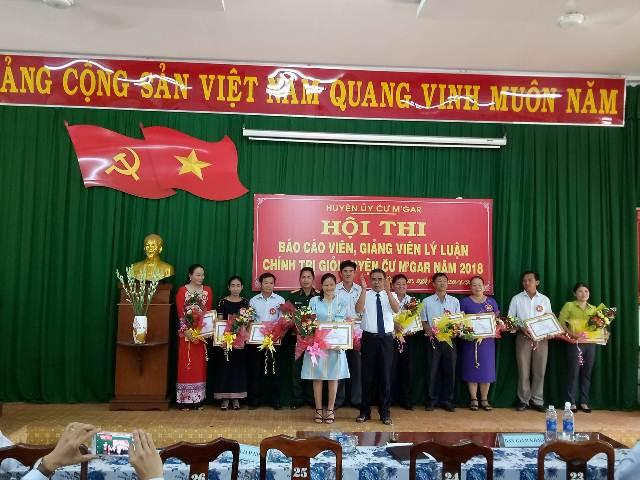 Huyện ủy Cư M'gar tổ chức Hội thi báo cáo viên, giảng viên lý luận chính trị giỏi năm 2018