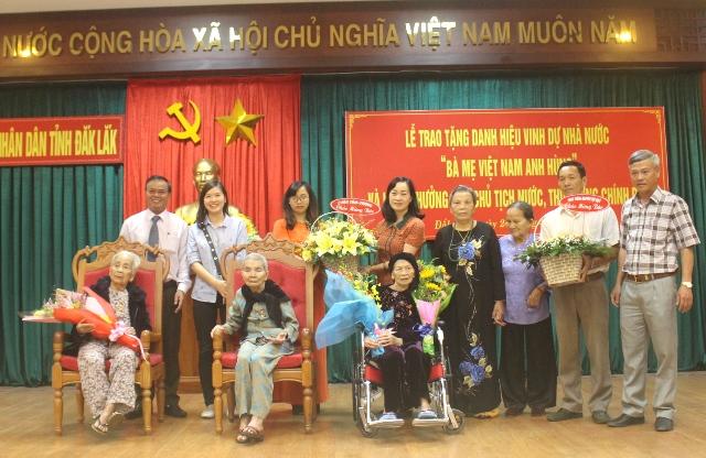 """Lễ trao tặng danh hiệu """"Bà mẹ Việt Nam Anh hùng"""" và khen thưởng của Chủ tịch nước, Thủ tướng Chính phủ"""