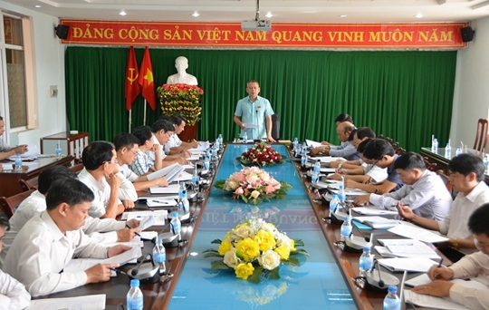 Thành ủy Buôn Ma Thuột, tổ chức Hội nghị giao ban tháng 4 với Bí thư Đảng ủy các xã, phường.