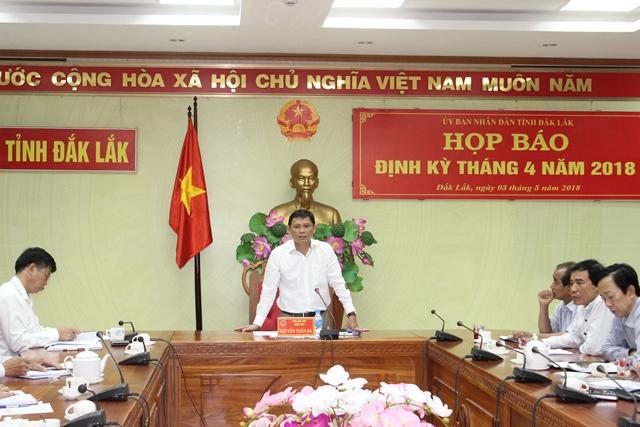 UBND tỉnh Họp báo định kỳ tháng 4/2018.