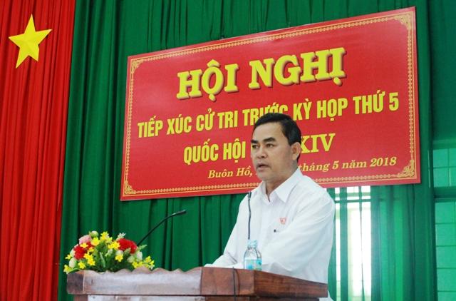 Đoàn Đại biểu Quốc hội tỉnh tiếp xúc cử tri tại thị xã Buôn Hồ