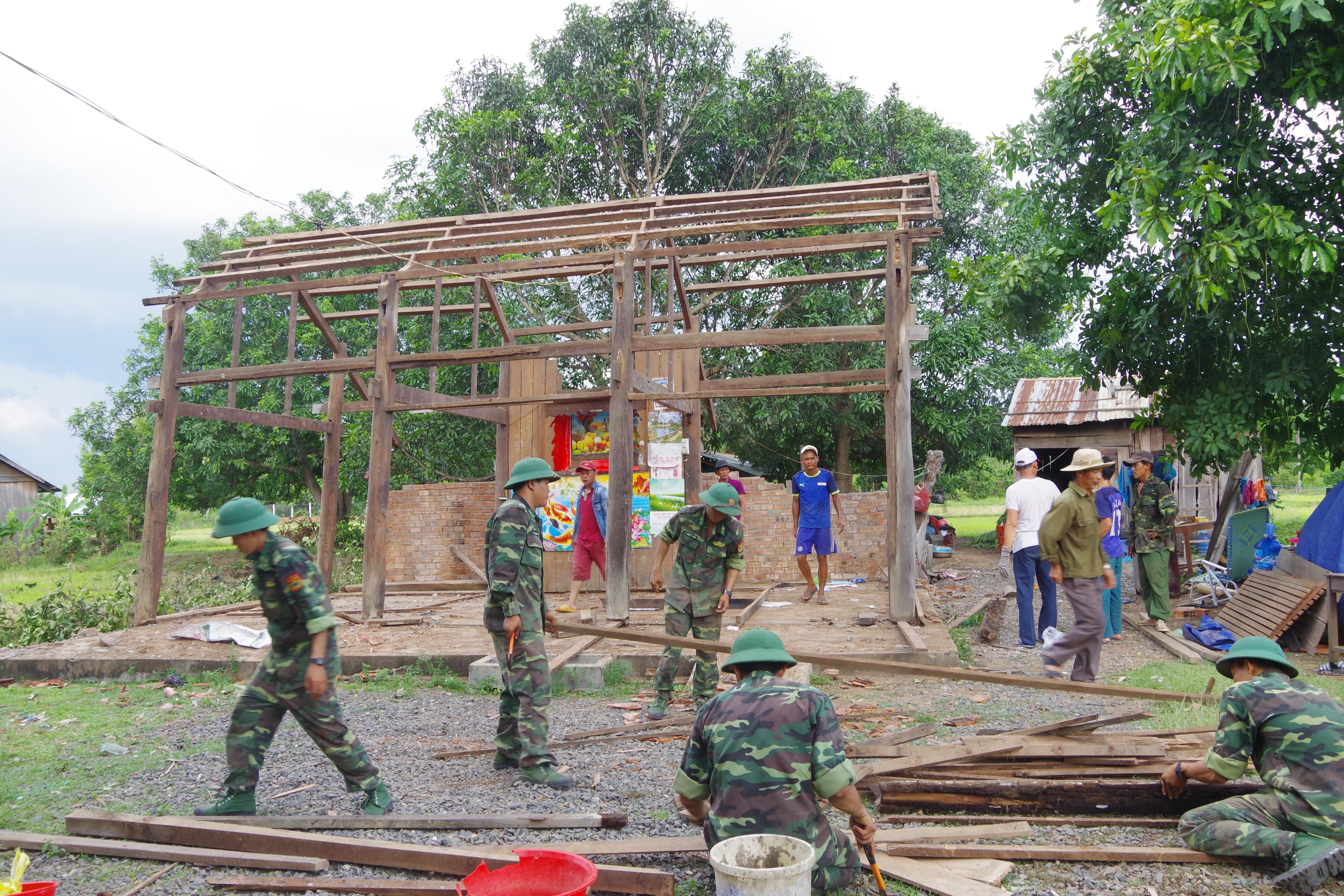 Huyện Ea Súp, tỉnh Đắk Lắk: Lốc xoáy tiếp tục diễn ra