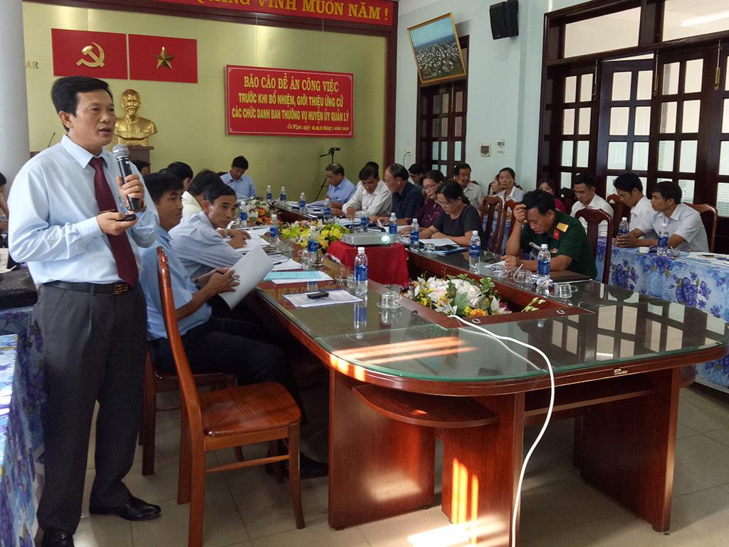 Huyện ủy CưM'gar tổ chức báo cáo đề án công việc trước khi bổ nhiệm, giới thiệu ứng cử các chức danh do Ban Thường vụ Huyện ủy quản lý