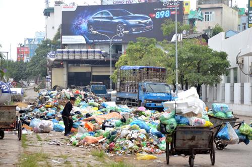 Công tác ban hành và thực thi chính sách, pháp luật quản lý chất thải sinh hoạt trên địa bàn tỉnh Đắk Lắk