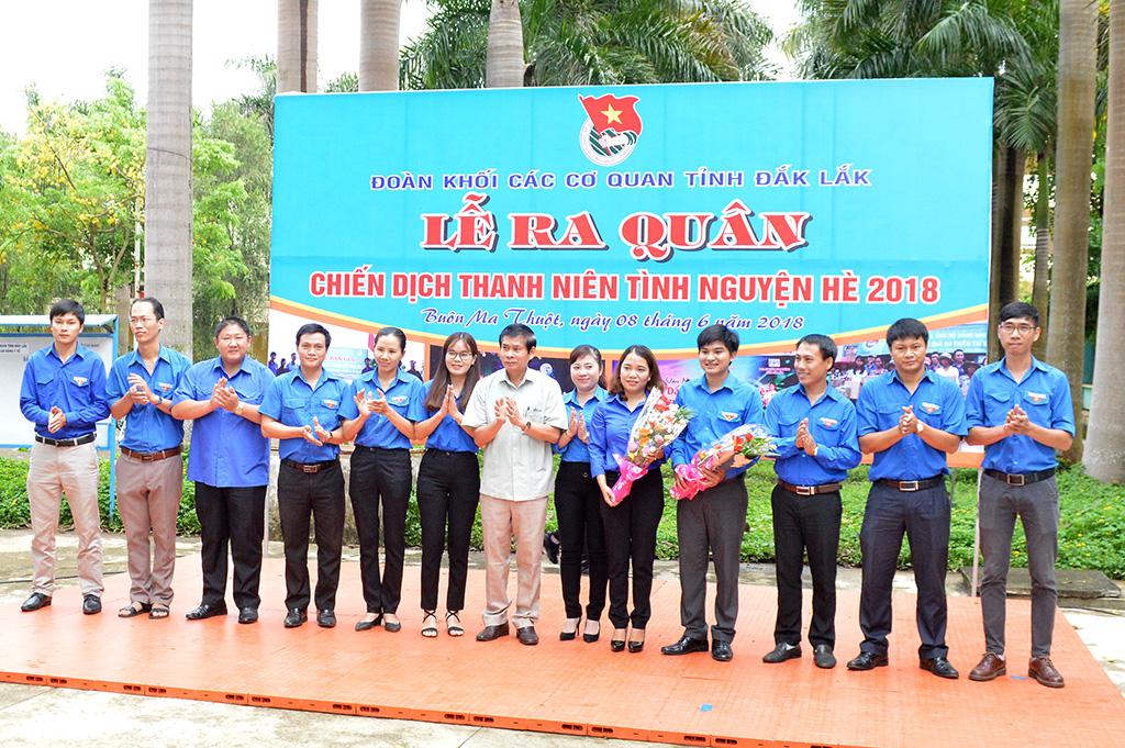 Đoàn khối các cơ quan tỉnh ra quân chiến dịch thanh niên tình nguyện hè 2018