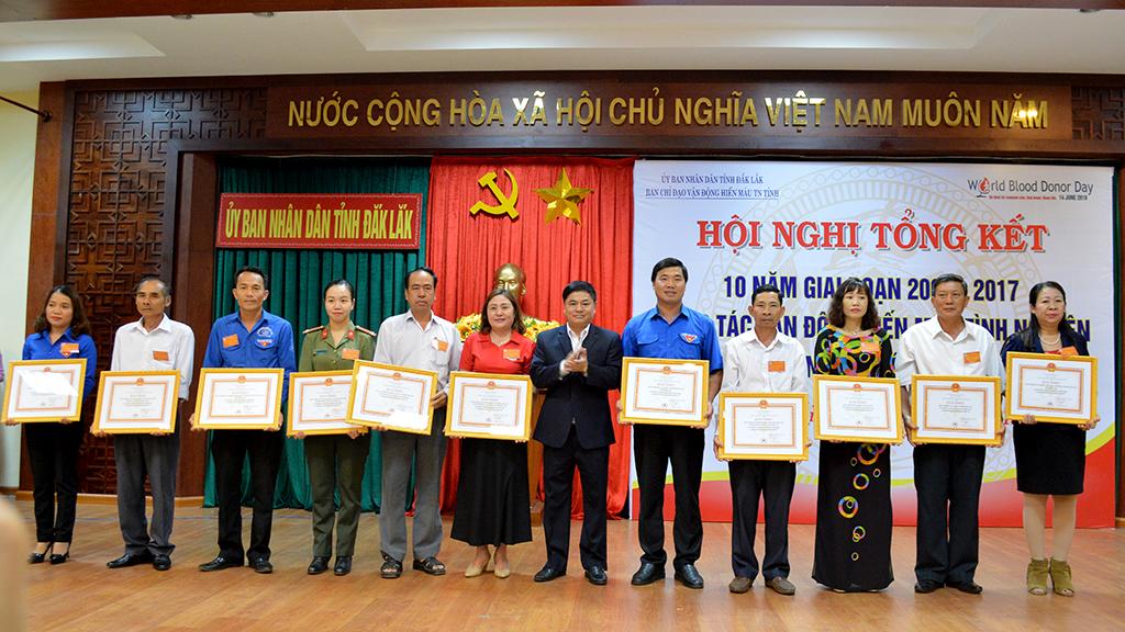 Tổng kết 10 năm công tác hiến máu tình nguyện và tôn vinh người hiến máu tiêu biểu tỉnh Đắk Lắk