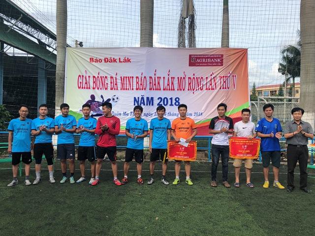 Agribank Chi nhánh tỉnh Đắk Lắk, tài trợ Giải bóng đá Báo Đắk Lắk lần thứ V, năm 2018.