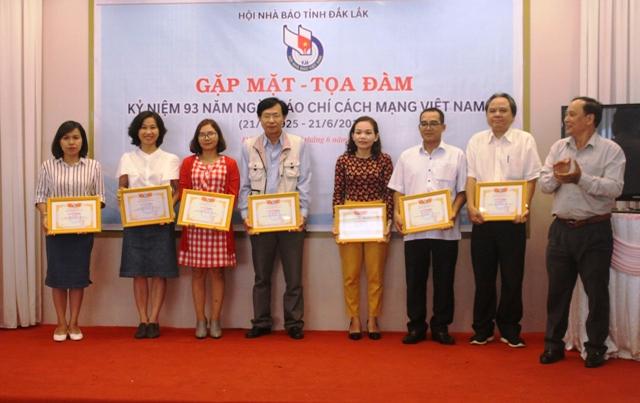 Hội Nhà báo tỉnh gặp mặt kỷ niệm 93 năm Ngày Báo chí Cách mạng Việt Nam