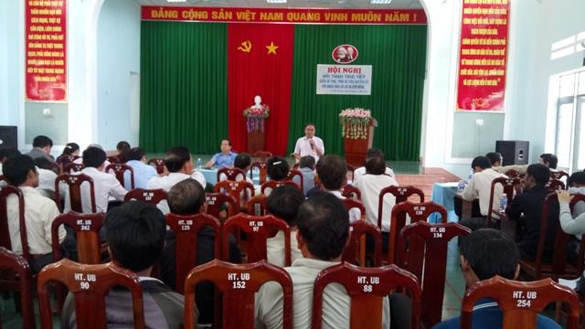 Huyện ủy Cư M'gar tổ chức Hội nghị đối thoại trực tiếp giữa đồng chí Bí thư, Phó Bí thư Huyện ủy với nhân dân xã Cư Dliê M'nông