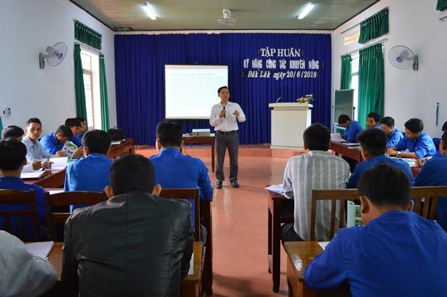 Tập huấn kỹ năng khuyến nông cho cán bộ Đoàn cơ sở năm 2018