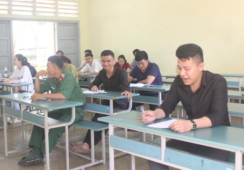 Buổi thi môn Toán Kỳ thi THPT Quốc gia năm 2018: Nhiều thí sinh nhận định đề thi dài, khó và có tính phân loại cao
