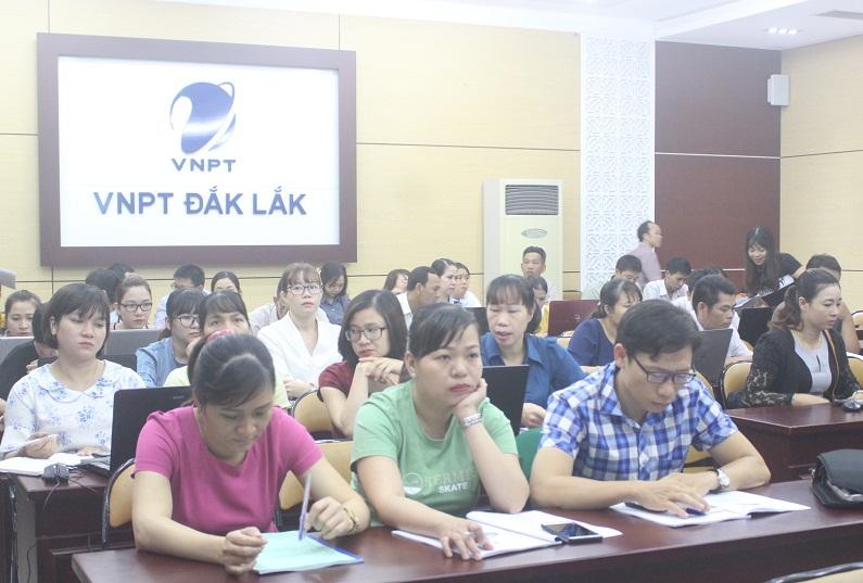 Tập huấn triển khai Hệ thống dịch vụ công trực tuyến tích hợp một cửa điện tử liên thông tỉnh Đắk Lắk