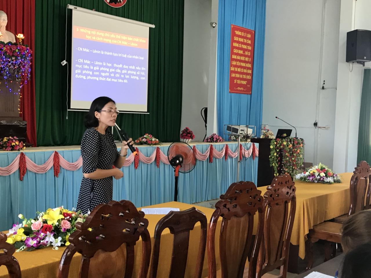 Huyện Lắk khai mạc lớp bồi dưỡng lý luận chính trị  và nghiệp vụ dành cho cán bộ Hội LHPN ở cơ sở năm 2018