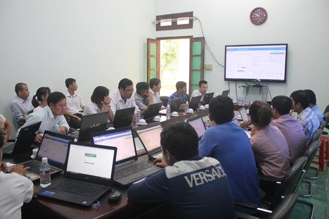 Tập huấn hệ thống dịch vụ hành chính công trực tuyến tích hợp một cửa điện tử liên thông