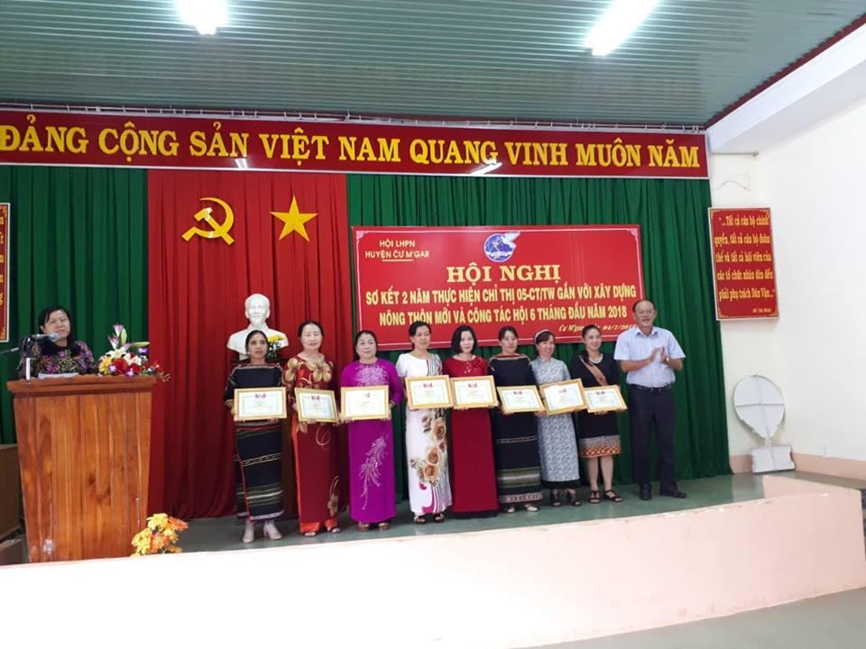 Hội Liên hiệp Phụ nữ huyện Cư M'gar sơ kết công tác Hội và phong trào phụ nữ 6 tháng đầu năm 2018