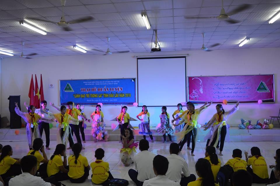 """Lễ bế mạc Trại hè Huấn luyện """" Lãnh đạo trẻ tương lai"""" tỉnh Đắk Lắk năm 2018"""