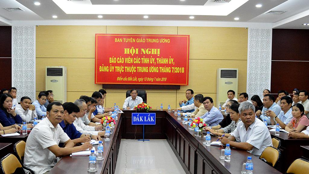 Ban Tuyên giáo Trung ương tổ chức Hội nghị báo cáo viên trực tuyến