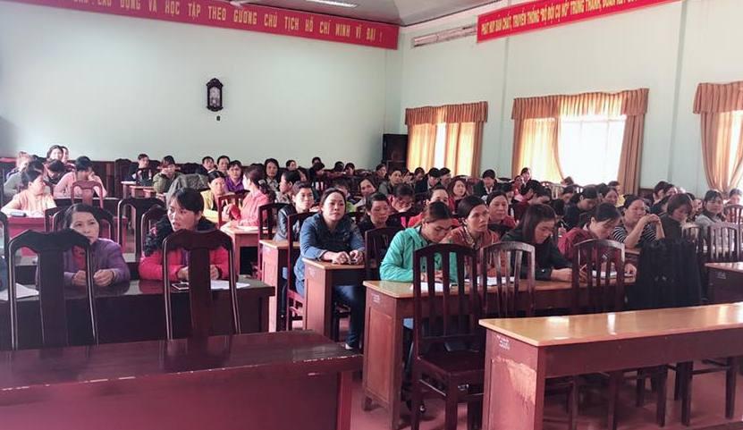 Huyện Krông Năng mở lớp bồi dưỡng lý luận chính trị và nghiệp vụ cho cán bộ Hội LHPN cơ sở