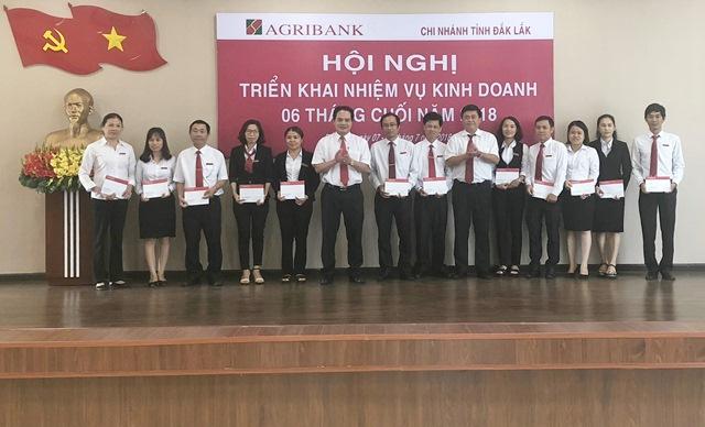 Agribank Đắk Lắk đẩy mạnh phong trào thi trong toàn ngành