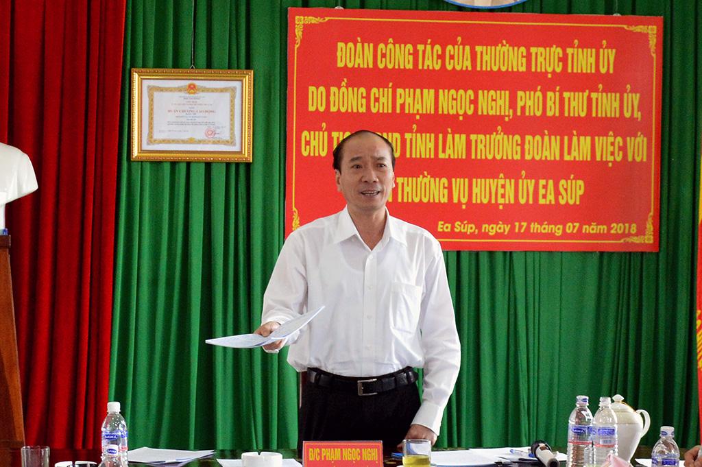 Đoàn công tác của Thường vụ Tỉnh ủy làm việc tại huyện Ea Súp