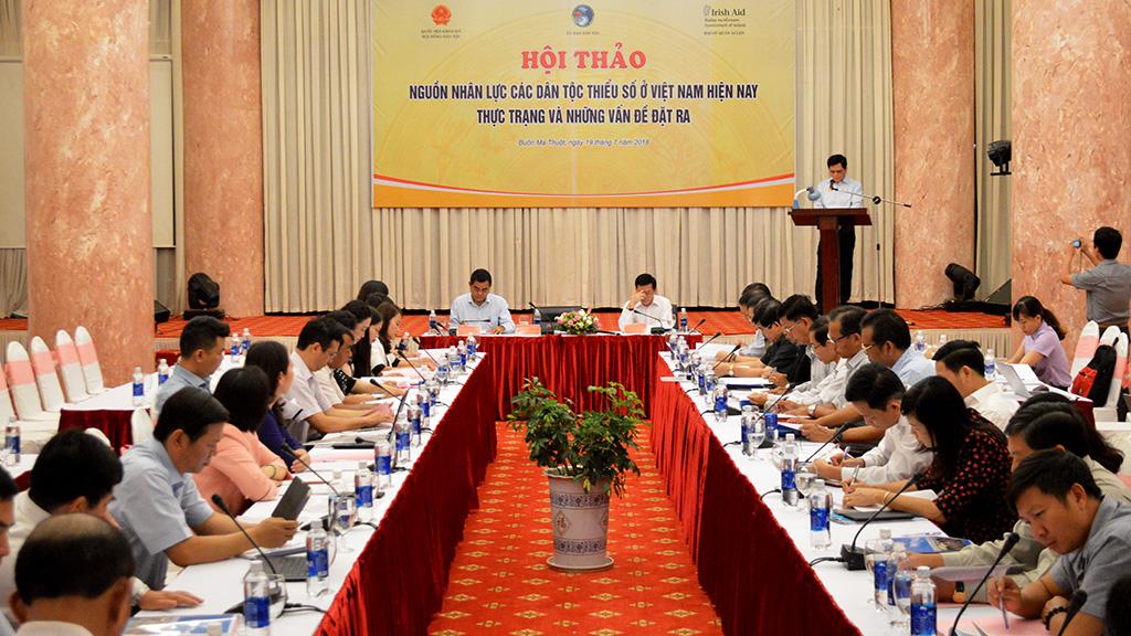 """Hội thảo """"Nguồn nhân lực các dân tộc thiểu số Việt Nam hiện nay - Thực trạng và những vấn đề đặt ra"""""""