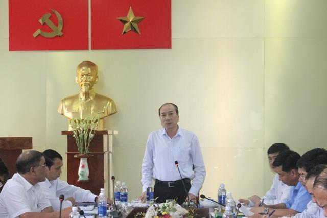 Đoàn công tác của Thường trực Tỉnh ủy làm việc với Huyện ủy Cư M'gar