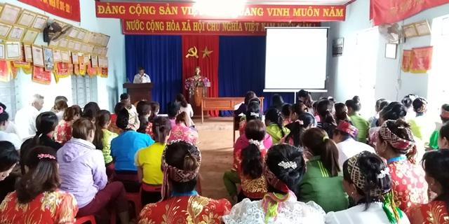 """Hội Liên hiệp Phụ nữ xã Ea Kuếh, huyện Cư M'gar ra mắt mô hình """"Phụ nữ dân tộc thiểu số thực hiện không hủ tục, tập tục lạc hậu""""."""