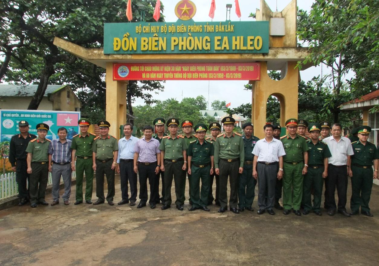 Giám đốc Công an tỉnh Đắk Lắk khảo sát nắm tình hình địa bàn tuyến biên giới trước thềm cuộc bầu cử Quốc hội Campuchia khóa VI năm 2018