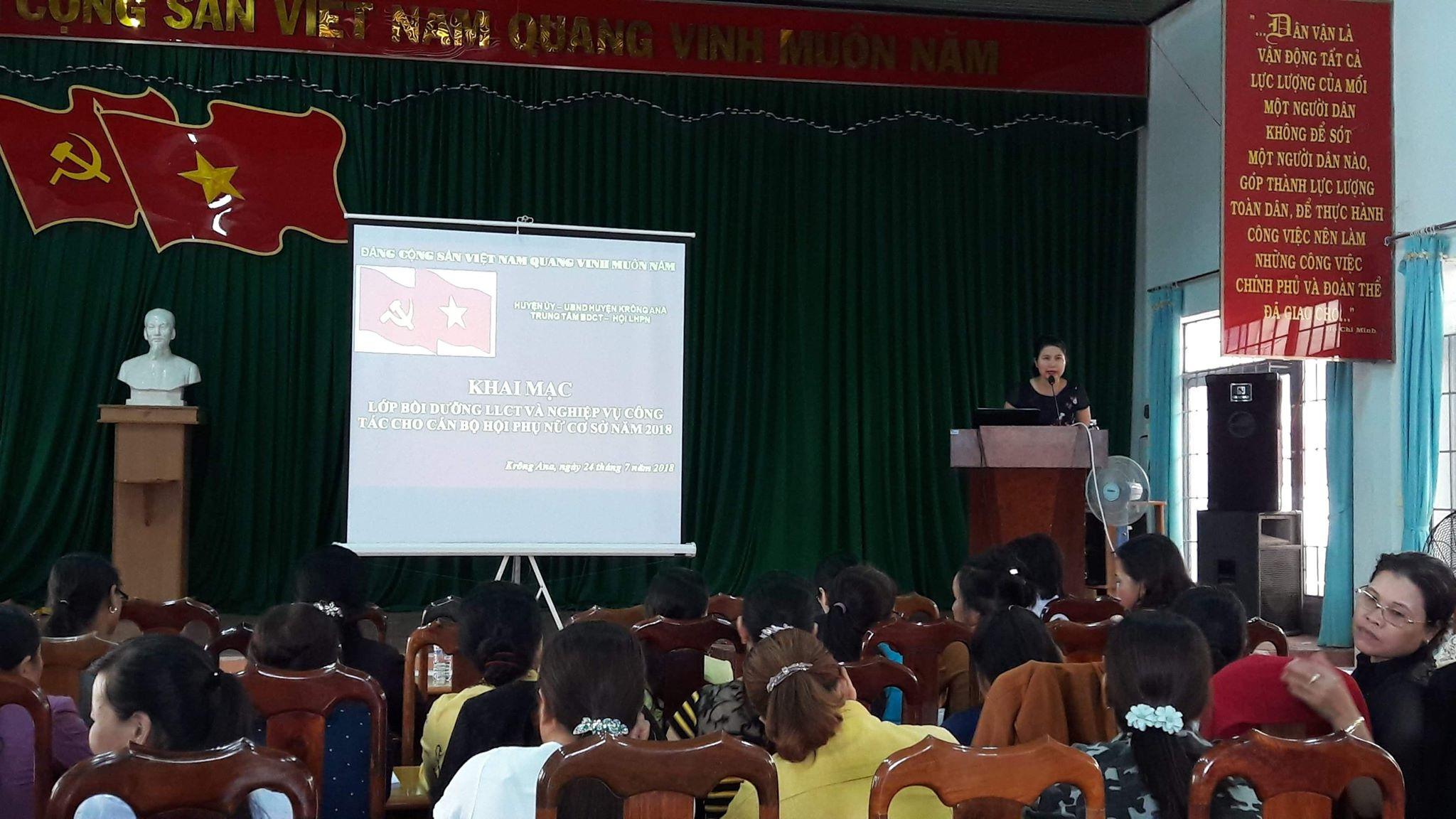 Huyện Krông Ana mở lớp Bồi dưỡng nghiệp vụ công tác Hội phụ nữ cơ sở năm 2018