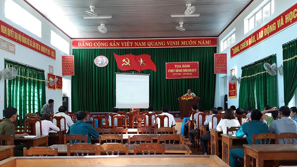 Phòng Văn hóa - Thông tin huyện Krông Bông phối hợp với UBND xã Hòa Phong tổ chức Tập huấn sử dụng phần mềm Quản lý văn bản và Điều hành .