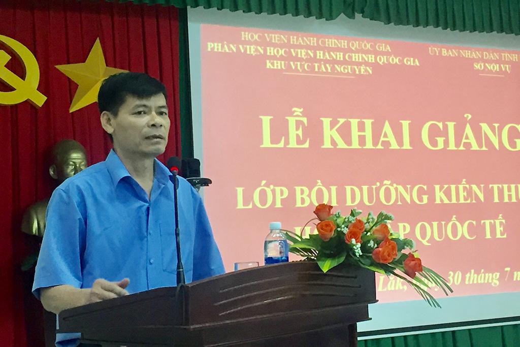 Khai giảng Lớp bồi dưỡng kiến thức hội nhập quốc tế