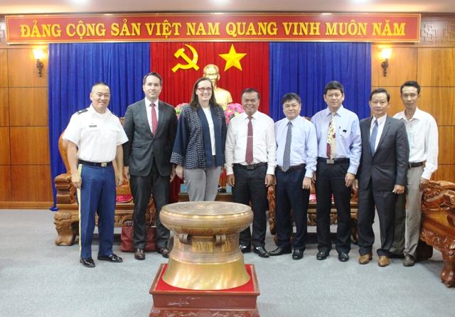 Đoàn công tác của Tổng Lãnh sự quán Hoa Kỳ chào xã giao lãnh đạo tỉnh