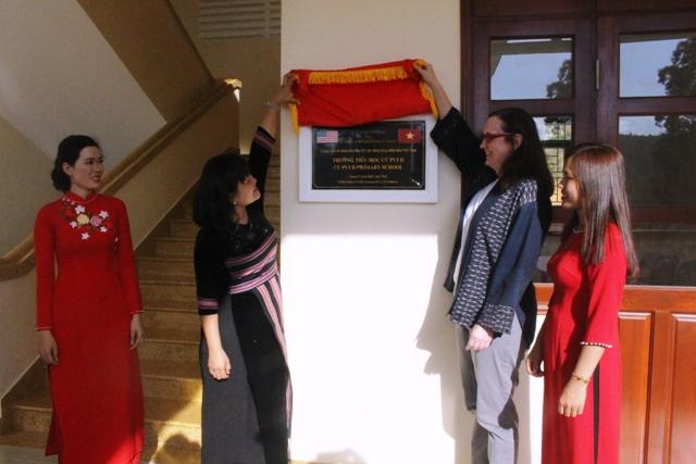 Huyện Krông Bông khánh thành và bàn giao 12 phòng học tại Trường Tiểu học Cư Pui II, xã Cư Pui