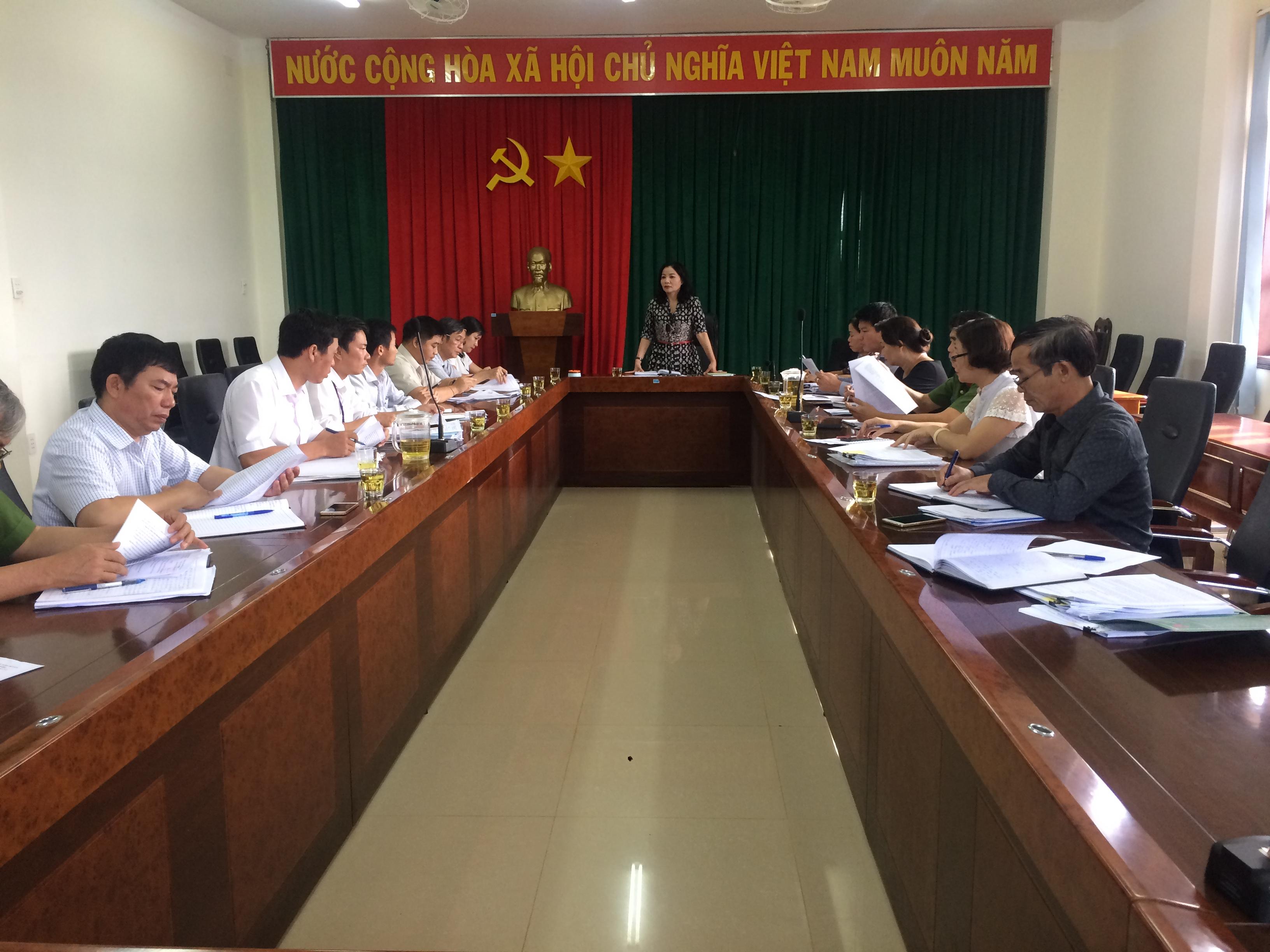 Hội Liên hiệp Phụ nữ tỉnh giám sát việc thực hiện Luật phòng, chống bạo lực gia đình giai đoạn từ tháng 1/2016 đến nay trên địa bàn tỉnh