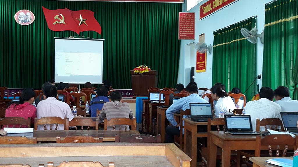 Phòng Văn hóa – Thông tin huyện Krông Bông phối hợp Viễn thông Đắk Lắk tổ chức Hội nghị Tập huấn sử dụng hệ thống dịch vụ công trực tuyến tích hợp Một cửa điện tử liên thông