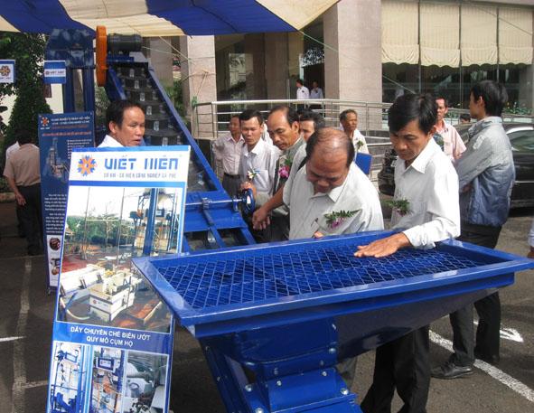 Báo cáo về thực hiện cổ phần hóa doanh nghiệp Nhà nước thuộc tỉnh Đắk Lắk quản lý