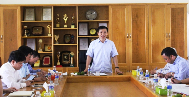 Đoàn giám sát của Trung ương làm việc với Công ty TNHH MTV Cao su Đắk Lắk