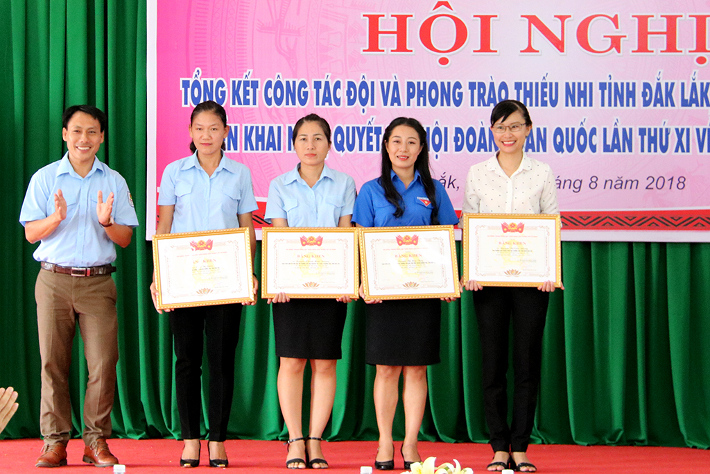 Tổng kết công tác Đội và phong trào thiếu nhi tỉnh Đắk Lắk năm học 2017-2018