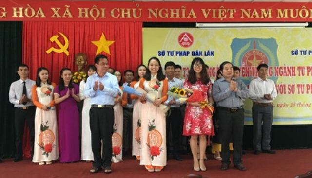 Sở Tư pháp Đắk Lắk kỷ niệm 73 năm Ngày truyền thống Ngành Tư pháp Việt Nam và giao lưu với Sở Tư pháp Đắk Nông