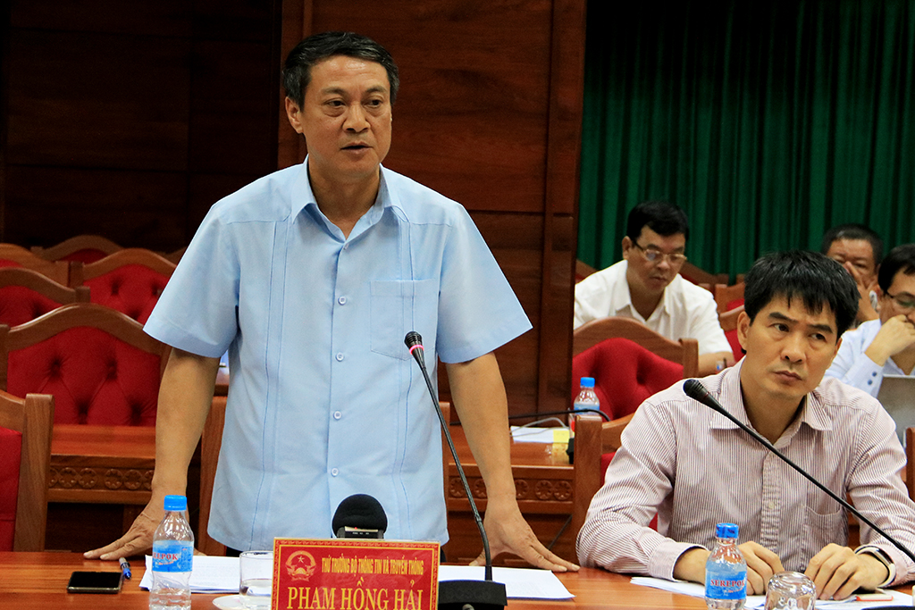 Đoàn công tác của Ban Chỉ đạo Trung ương về phòng chống thiên tai làm việc với UBND tỉnh
