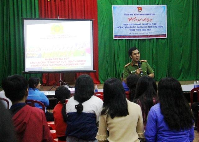 Hoạt động trang bị kỹ năng sống và tuyên truyền pháp luật trong đoàn viên, thanh thiếu nhi huyện Ea H'leo năm 2018